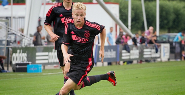 Youth: Barcelona – Ajax   2-2
