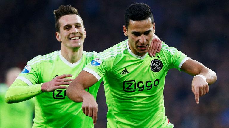 PSV – Ajax   0-2   Il PSV chiude i conti? No l'Ajax sorpassa!