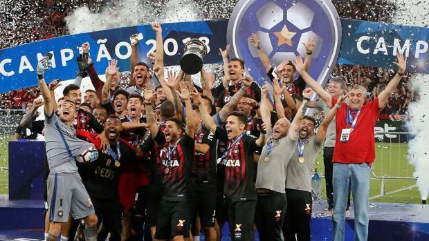 Atletico Paranaense – Junior FC   5-4 dcr   Para la historia, rigori maledetti per il Junior!