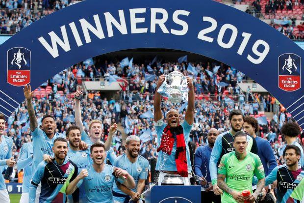 Manchester City – Watford   6-0   Treble del City, primo nella storia d'Inghilterra! E che spettacolo!