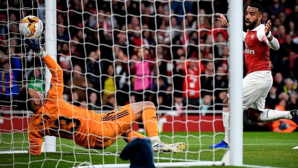 Arsenal – Valencia   3-1   L'attacco dei Gunners la vince