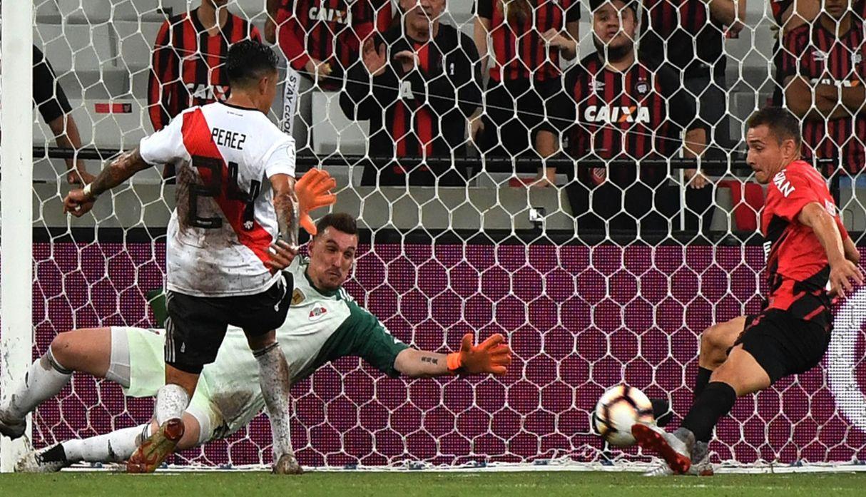 Atletico Paranaense – River Plate   1-0   Un argentino per il vantaggio brasiliano