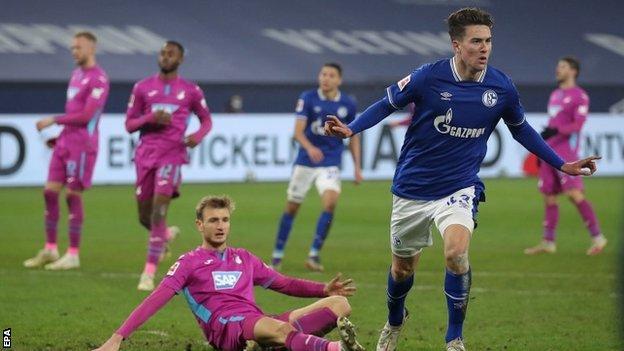 Talento dell'Anno Bundesliga 2020-21 – Hoppe speranza Schalke, Friedrich si avvicina